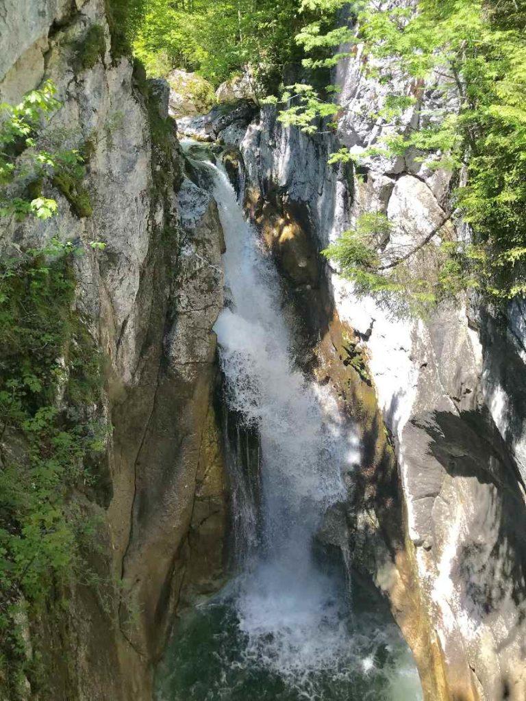 Ausflug Sehenswürdigkeiten Bayern: Tatzelwurm Wasserfall