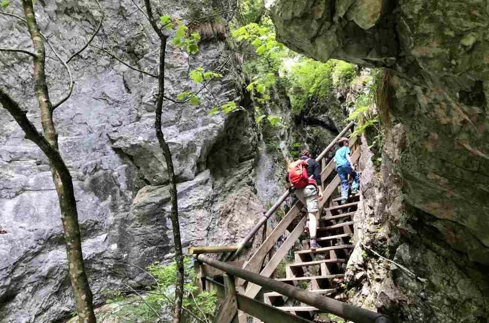 Ausflug Sehenswürdigkeiten Tirol - die Wolfsklamm