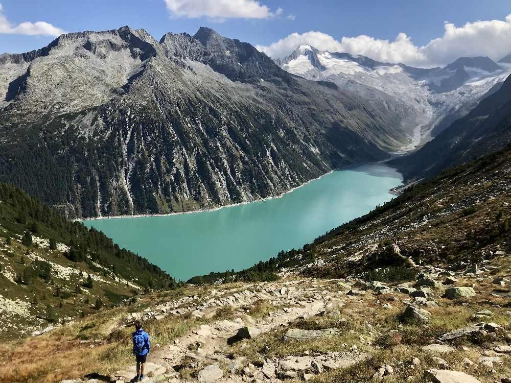 Schlegeisspeicher - oben in den Tuxer Alpen mit Blick auf den Gletscher