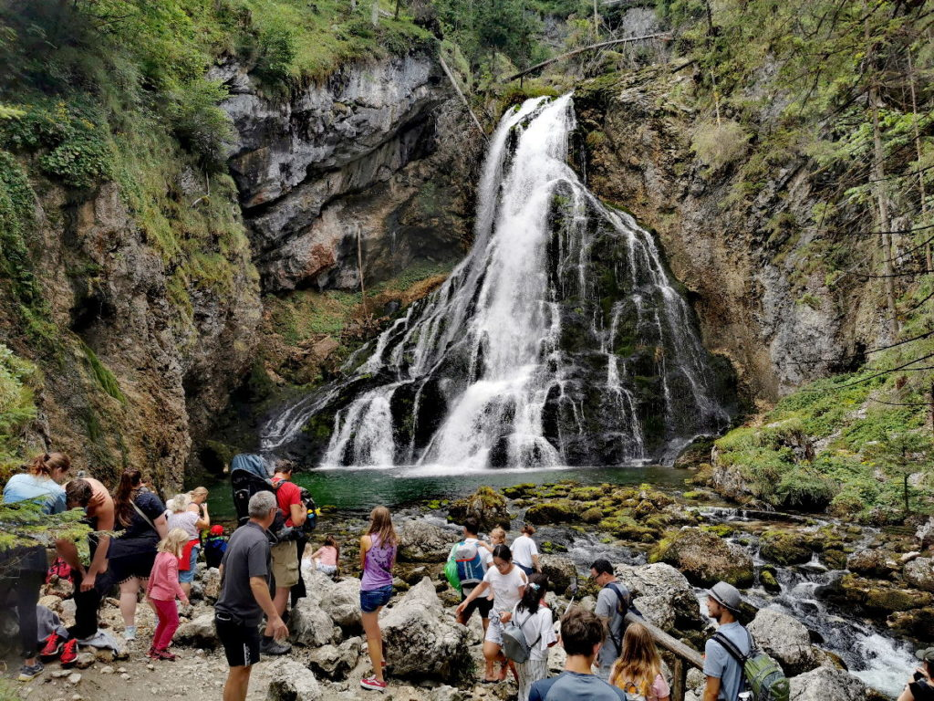 Österreich Sehenswürdigkeiten - die Wasserfall Arena beim Gollinger Wasserfall
