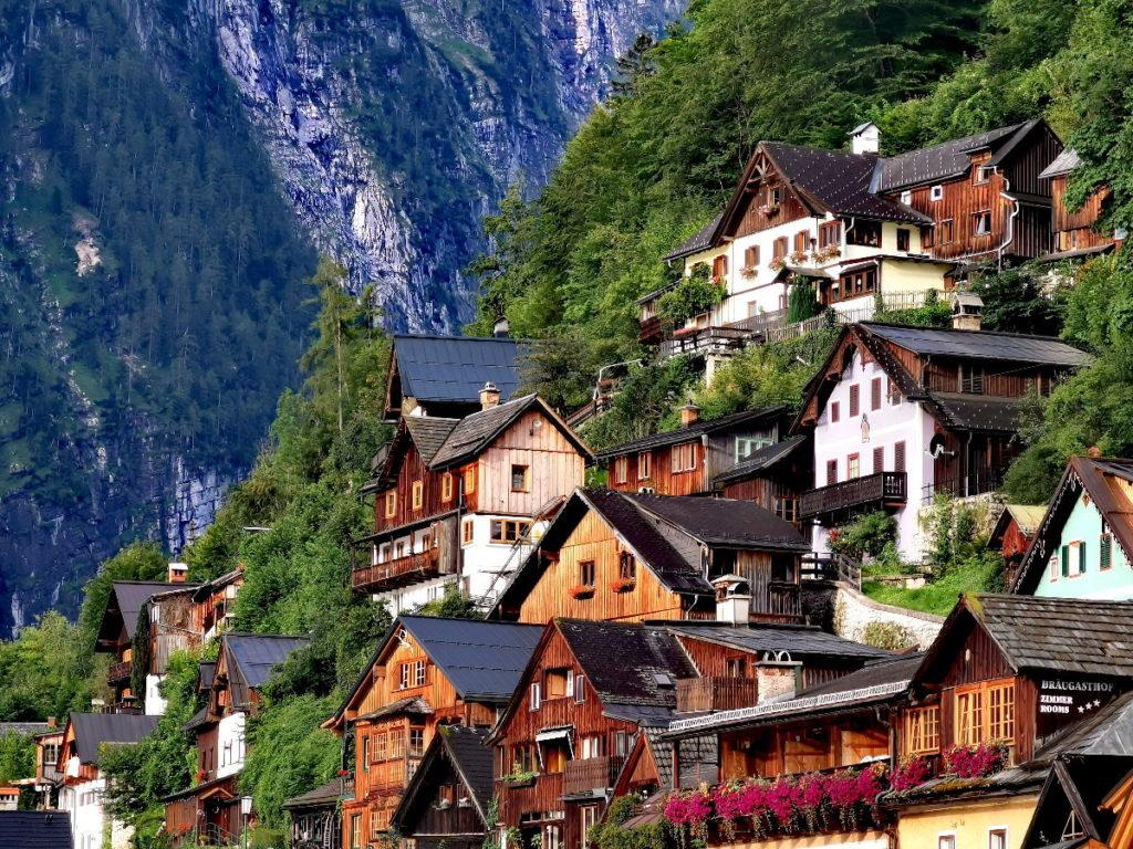 Sehenswürdigkeiten Österreich - die historischen Häuser in Hallstatt