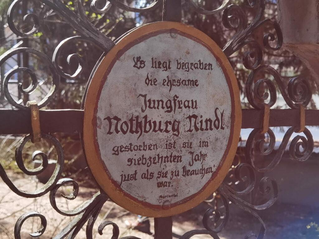 Gehört in die Kategories der besonderen Sehenswürdigkeiten Österreich: Lustiger Friedhof