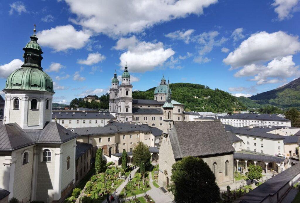 Top Sehenswürdigkeiten Österreich - die pittoreske Altstadt in Salzburg