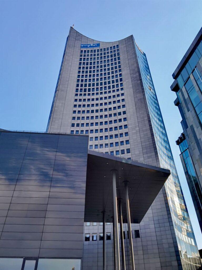 Die höchste der Leipzig Sehenswürdigkeiten - das City Hochhaus