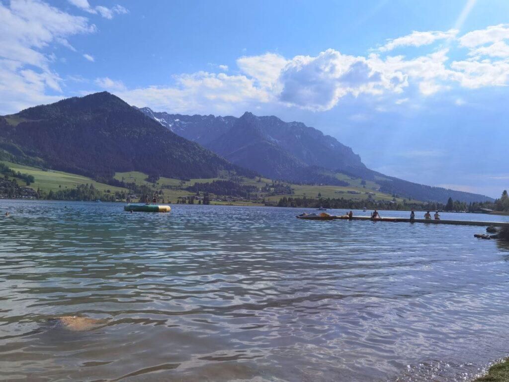 Österreich Sehenswürdigkeiten - der Walchsee und die tolle Natur rund um Kössen